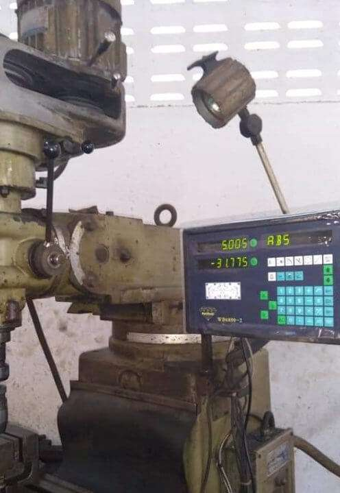 digital readout dro on milling machine